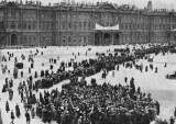 De las barricadas al Palacio de Invierno